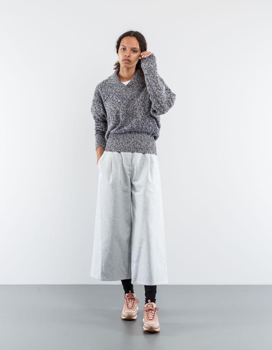 Dušan Cross Collar Sweater