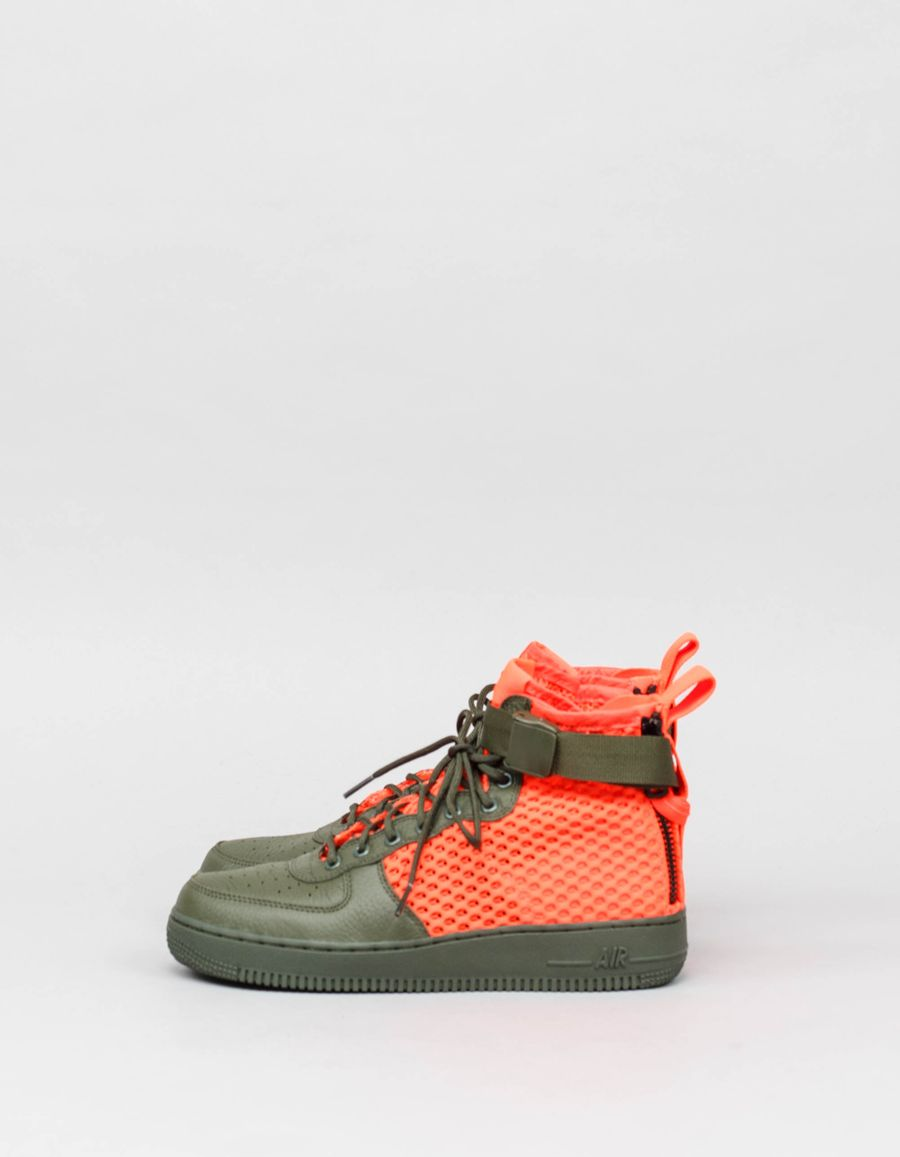 Nike Sportswear SF Air Force 1 Mid QS