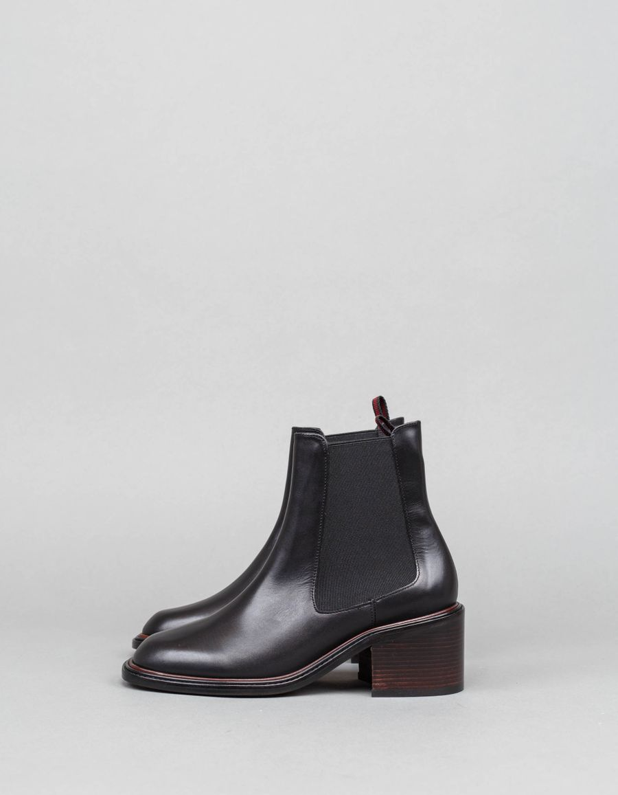 Robert Clergerie Snoots Chelsea Boot