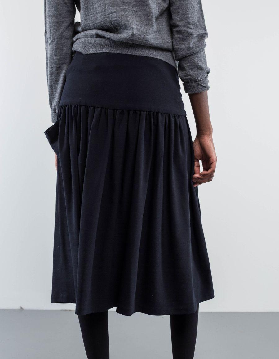 Sara Lanzi - Pocket Skirt Stretch Wool