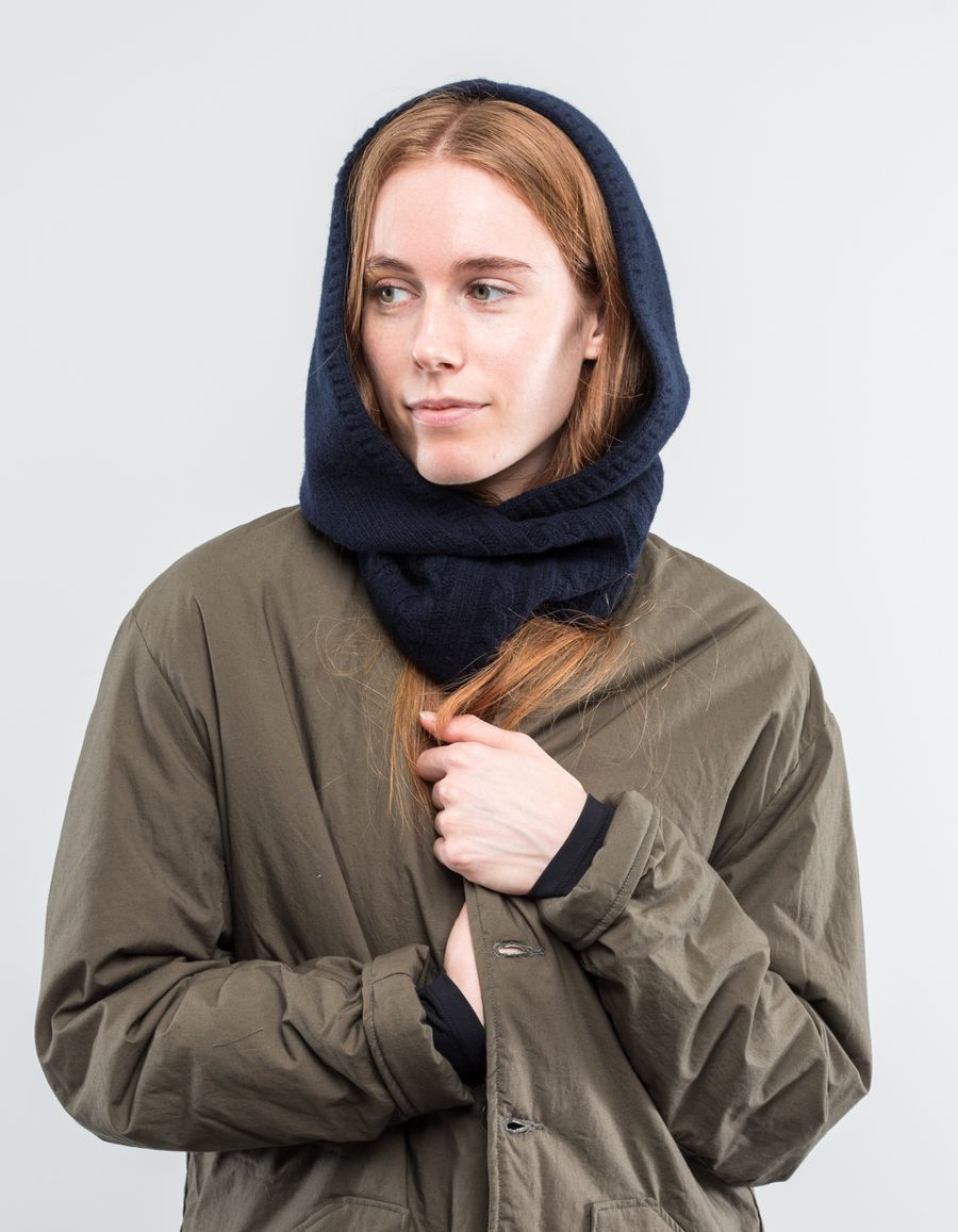 Nitty Gritty Hooded Scarf Cable Knit Dark Navy